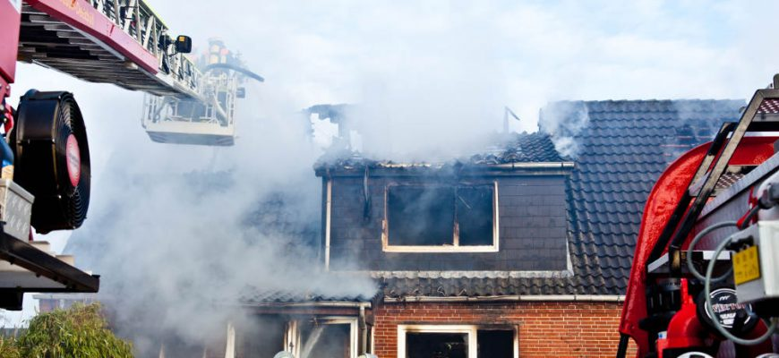 5 Reasons to Hire Professionals to Cleanup Your Home After a Fire | Tri Span Environmental